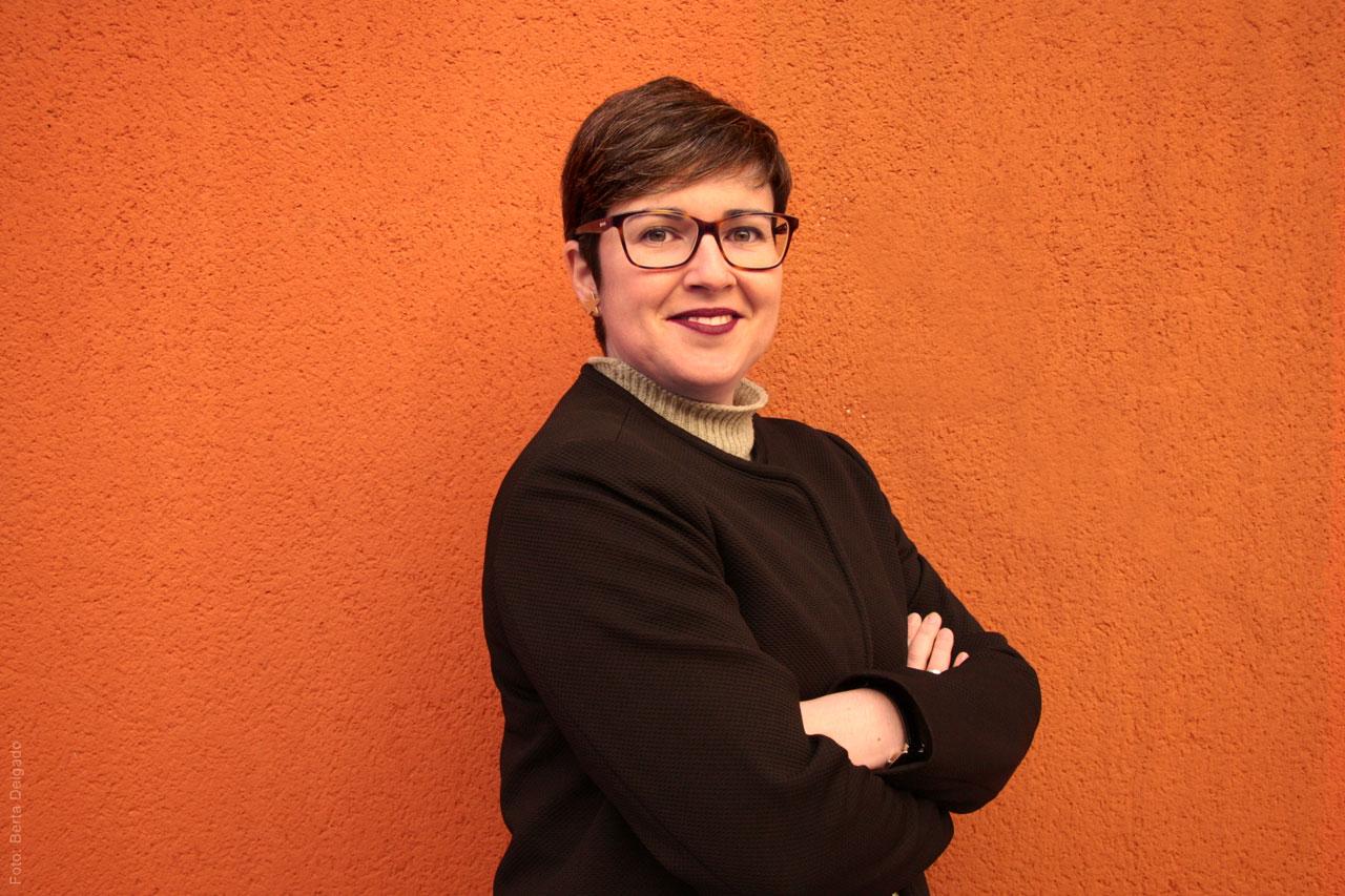 MartaKeller-Gestora-Cultural-Coordinadora-Ayuda-artistas-Canada-Toronto-YanMag
