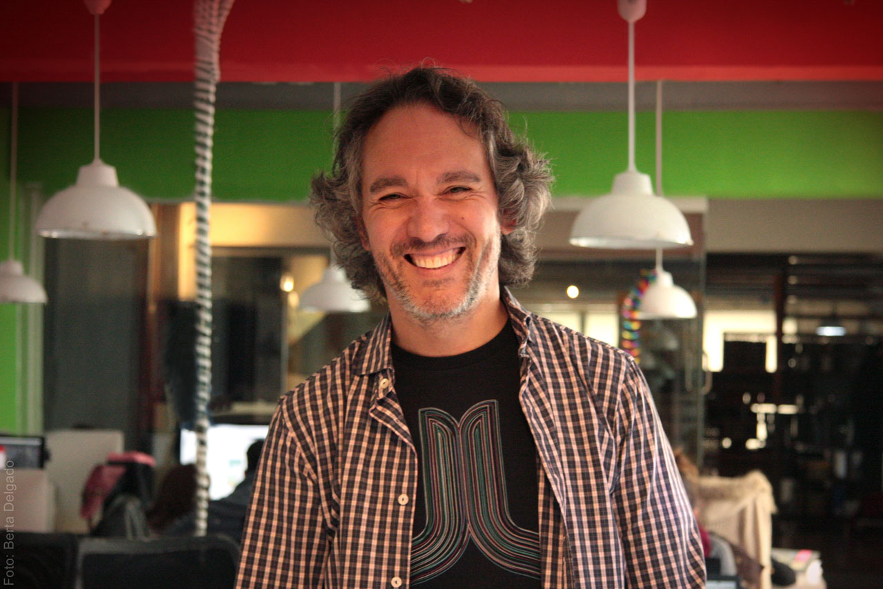 Jose-Antonio-Arias-Customixed-Diseñador-Web-Ux-Arquitectura-Packaying-Diseño-gráfico-freelance-Yanmag
