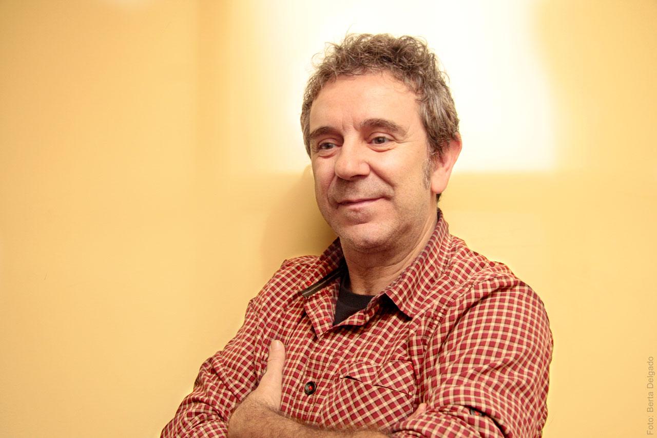 Miguel-de-Lira-actor-chevere-teatro-documental-social-artes-escenicas-entrevista-yanmag