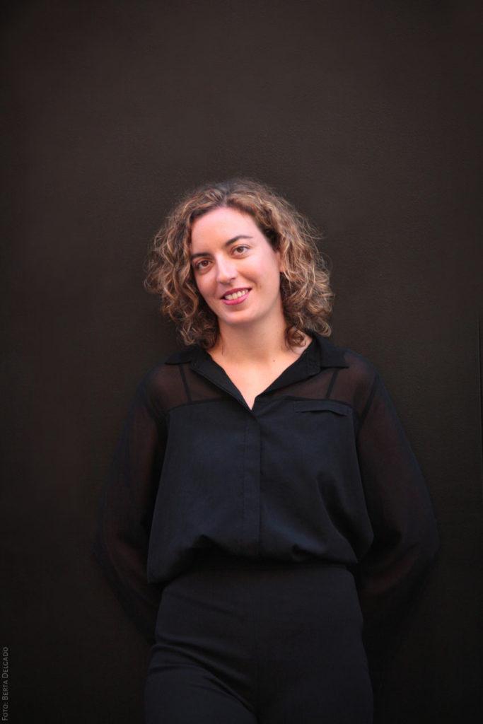 Lara Diloy. Directora de Orquesta. YanMag