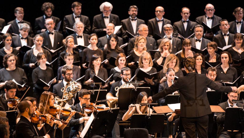 """Lara Diloy, directora de orquesta: """"Al terminar tengo una sensación de plenitud difícil de describir. Son momentos que compensan toda la parte dura que tiene esta profesión"""""""