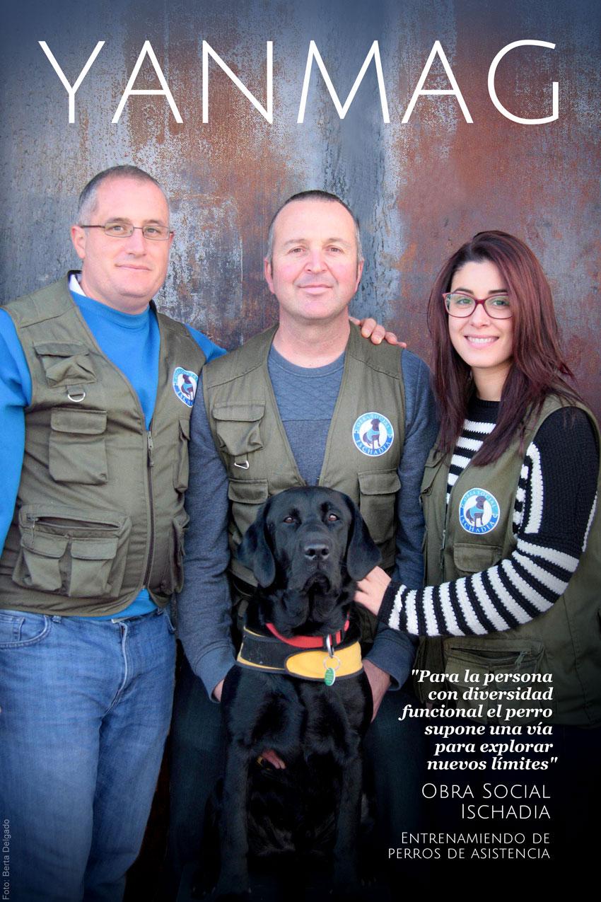 Obra Social Ischadia. Entrenamiento de perros de asistencia. Foto: Berta Delgado. YanMag
