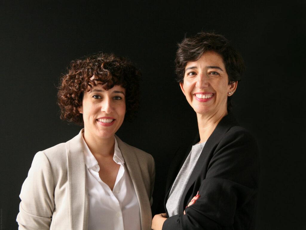 Silvia Royo y Elena Gonzalez. Gestoras Culturales. Espacio Fundacion Telefonica. Foto: Berta Delgado