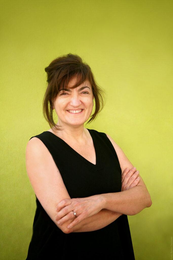 Esther-Aparicio-Consultora-en-Patrimonio-Industrial-Sostenibilidad-Social-Coach-Docente-YANMAG