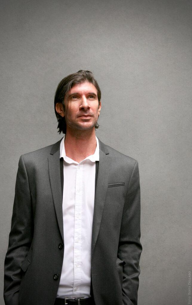 Carlos Javier Gonzalez Serrano - Director editorial, filosofo, profesor y asesor de comunicacion. Foto: Berta Delgado. YANMAG