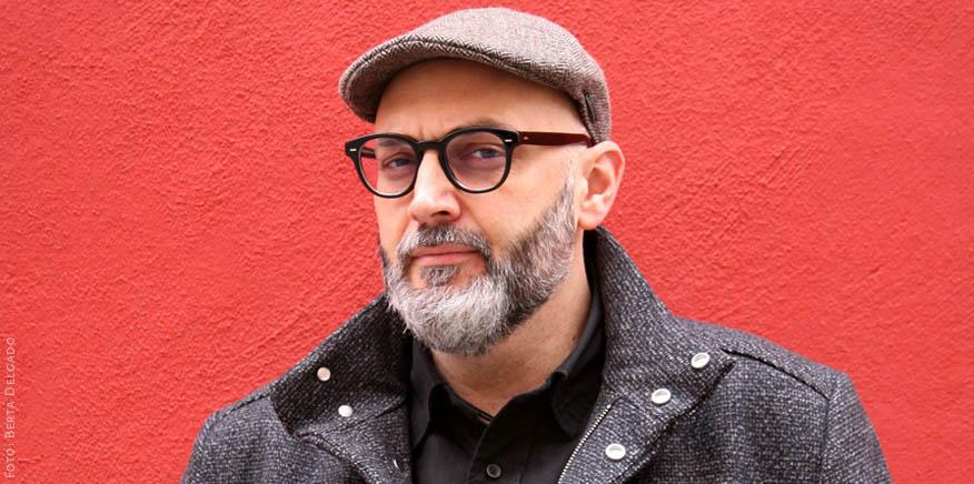 Miguel Ángel Hernández – Escritor, Profesor de Historia del Arte, Crítico y Comisario